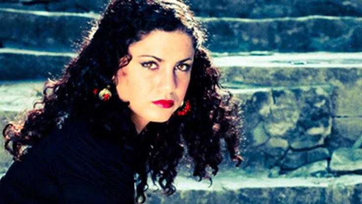 Şarkılar da Mücadele de Ortak: Emel Mathlouthiİstanbul'da!