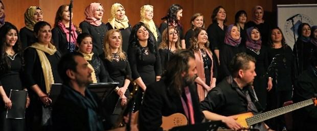 24-istanbul-caz-festivalinde-suriyeli-kadinlar-korosu,0TTt1OUy60eOZay1tbulgQ